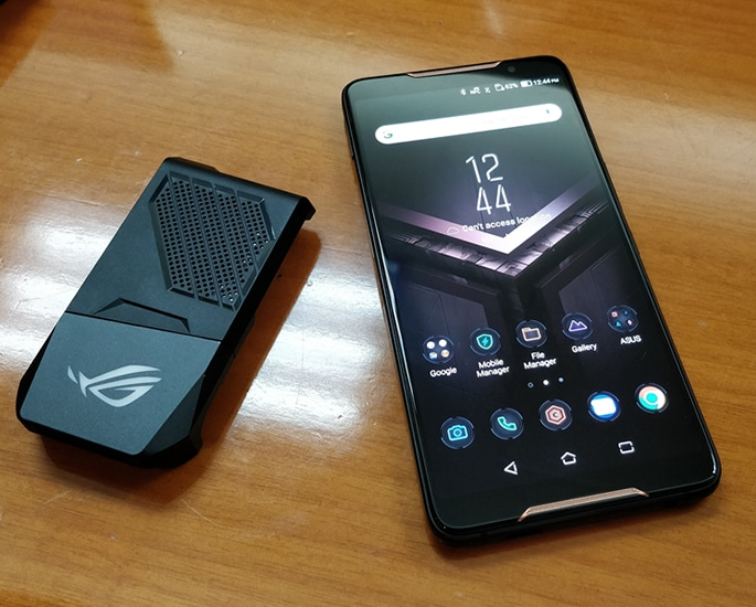 Best Smartphones to Buy for Mobile Gaming - asus