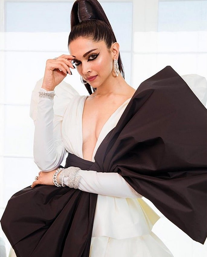 Bollywood Stars at Cannes Film Festival 2019 - deepika 2