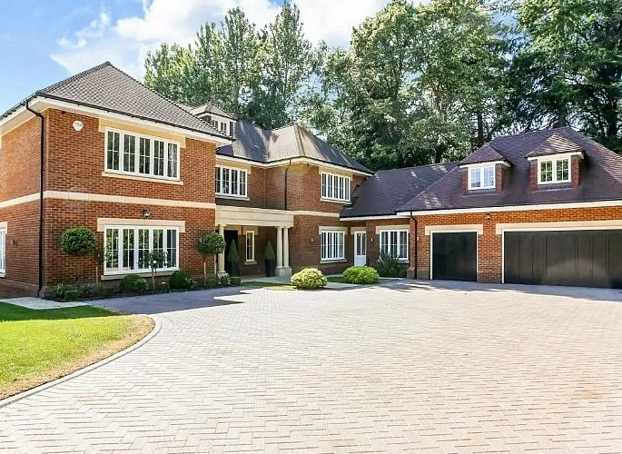 Could this be Amir and Faryal's New Home in Ascot