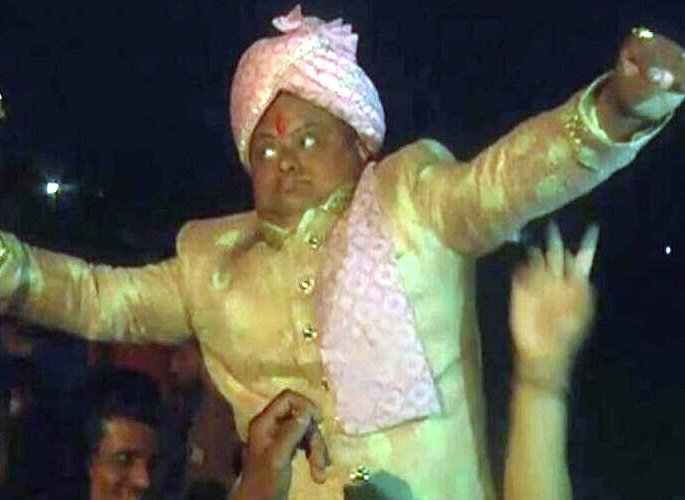 Gujarati Groom has Lavish Wedding without Bride 2