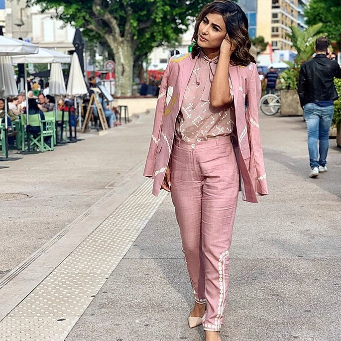 Hina Khan shares her Stylish Look at Cannes Festival 2019 2