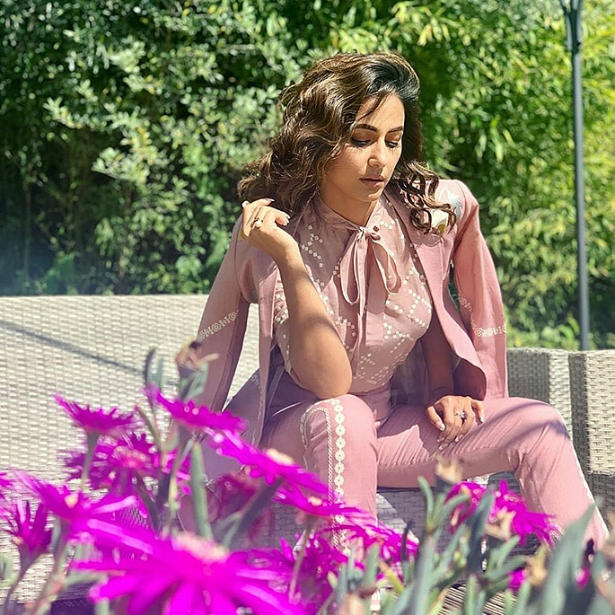 Hina Khan shares her Stylish Look at Cannes Festival 2019 6
