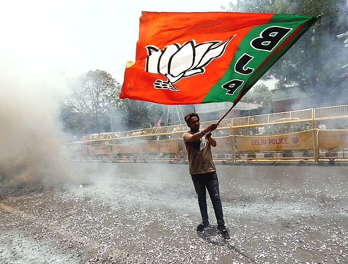 Modi declares Thumping Victory for BJP in India Elections