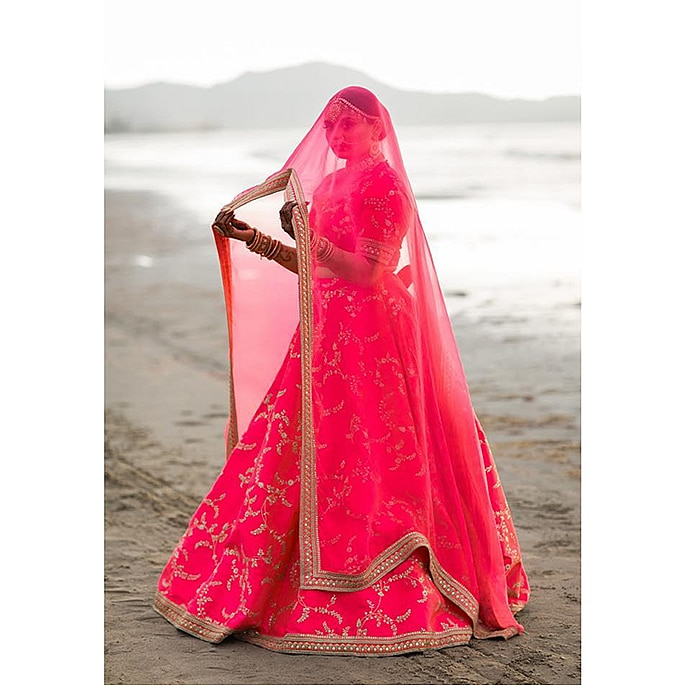 Sabyasachi Bride wears the Most Spectacular Pink Lehenga 2