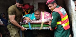 330kg Pakistani Man airlifted for Medical Treatment f