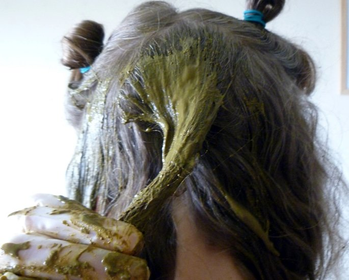 Why Henna Is So Good for Hair - dye
