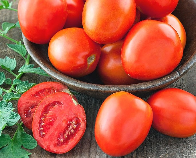 10 Desi Beauty Tips for Glowing Skin - tomatoes