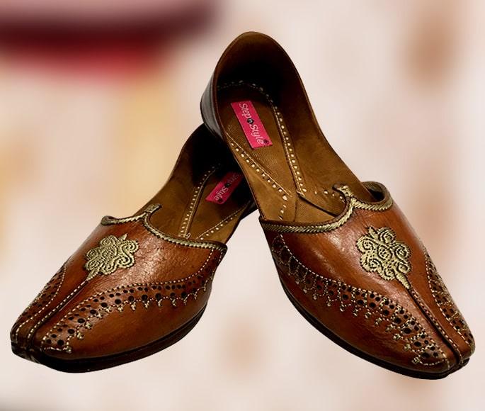 10 Footwear Designs Ideal for a Desi Groom - brown jutti