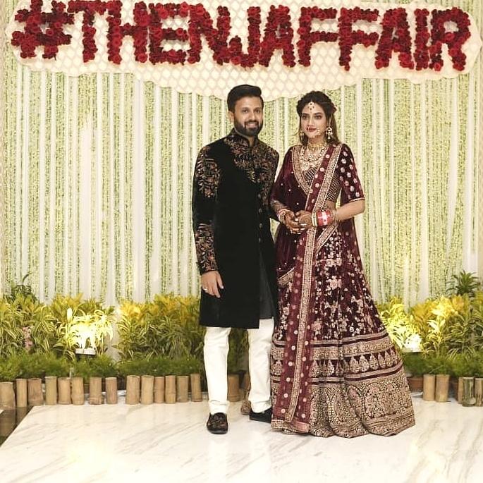 Actress Nusrat Jahan marries Nikhil Jain with Grand Reception 4
