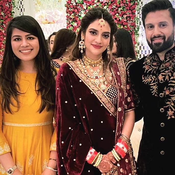 Actress Nusrat Jahan marries Nikhil Jain with Grand Reception 7