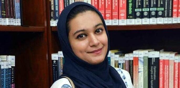 Khadija Siddiqi stabbed 23 Times becomes a Barrister f