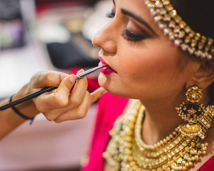 Tips and Tricks for the Best Bridal Makeup Look - lips