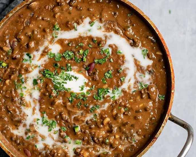 10 Desi Vegan Curries to Tantalise your Taste Buds - dal makhani