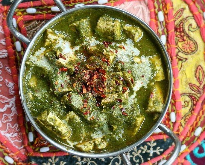 10 Desi Vegan Curries to Tantalise your Taste Buds - palak