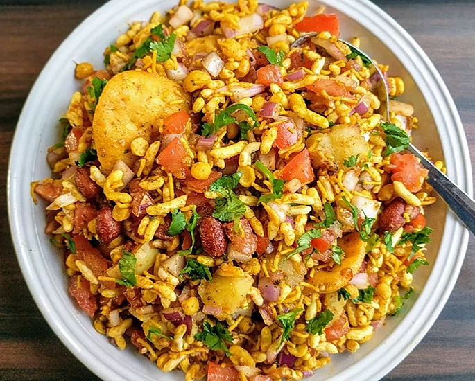 12 Popular Street Foods from Bihar in India - bhel puri