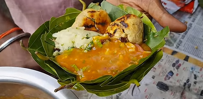 12 Popular Street Foods from Bihar in India f