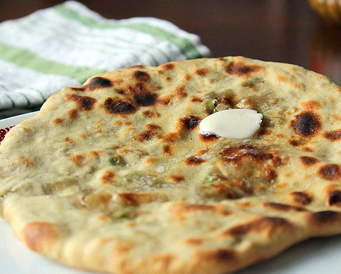 7 Naan Recipes which can be Made at Home - aloo