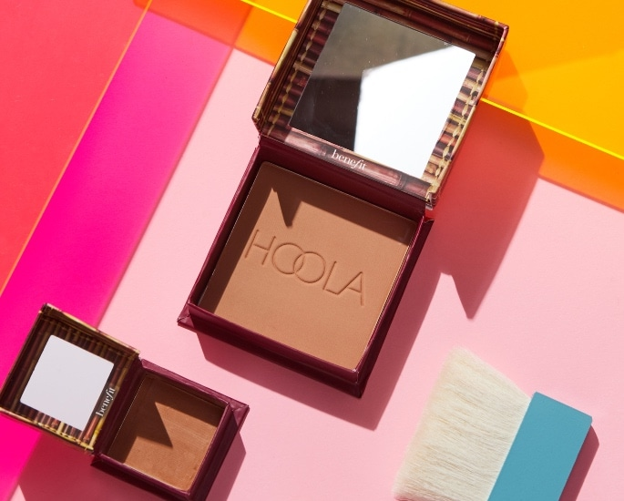 Choosing the Best Makeup to Wear in the Heat - Bronzer