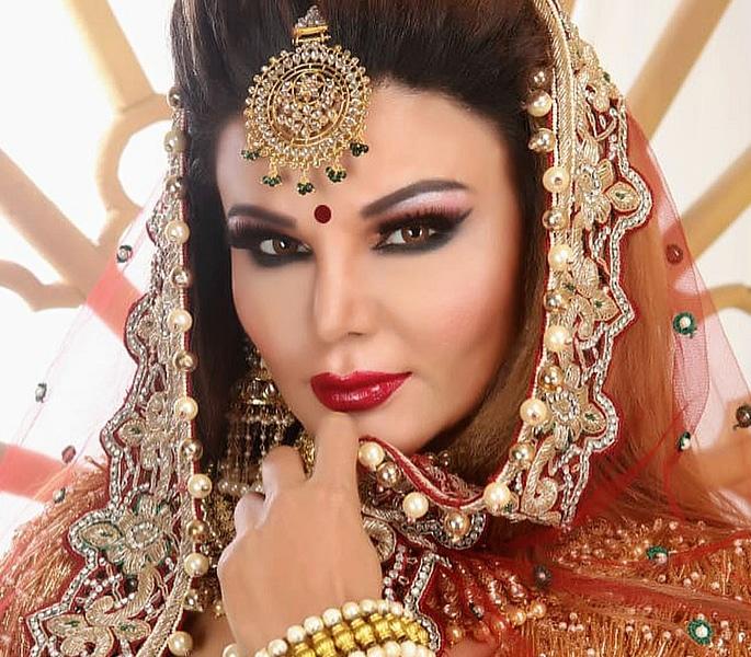 राखी सावंत ने पुष्टि की कि उन्होंने सीक्रेटली शादी कर ली है