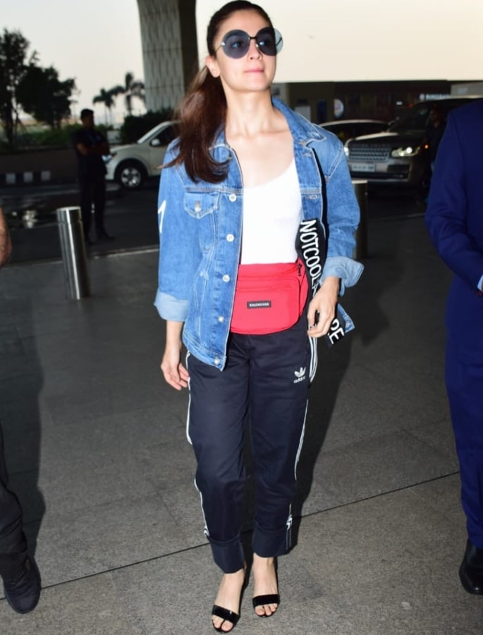 Top 10 Fashion Looks of Alia Bhatt - airport look