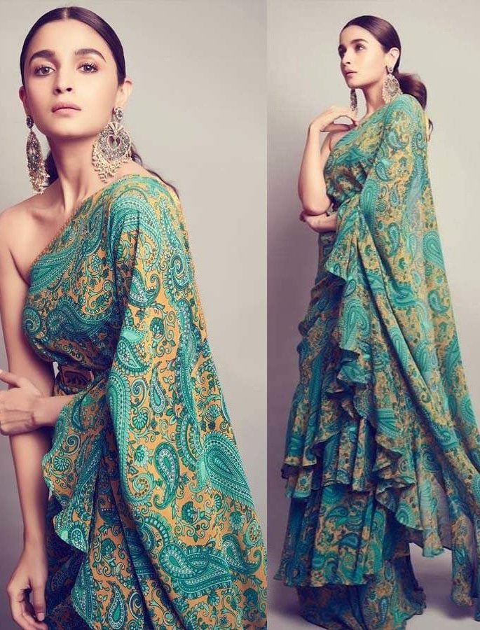 Top 10 Fashion Looks of Alia Bhatt - saree