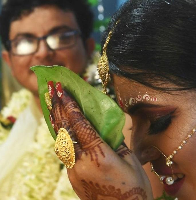 Transgender Couple have landmark 'Rainbow Wedding' in India 3