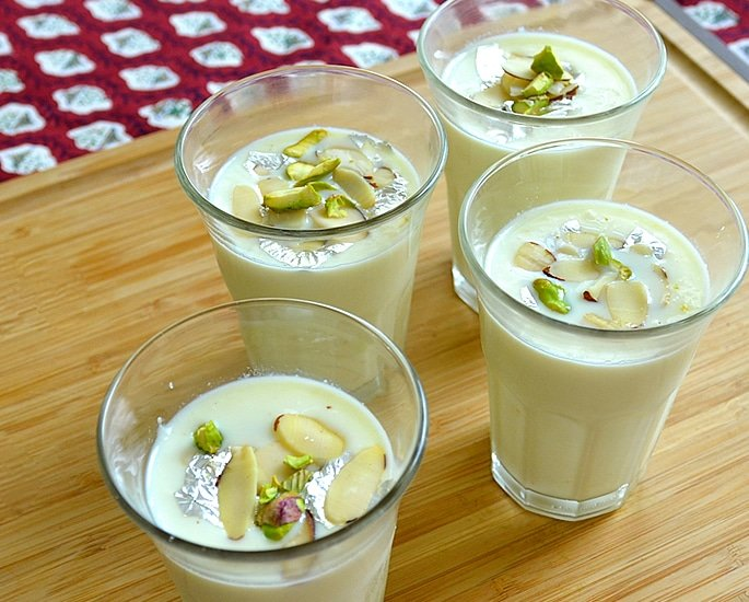 10 Best Drinks in Pakistan known for Their Amazing Taste - rabri