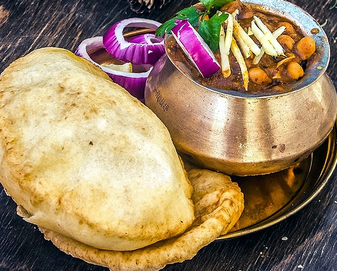 12 Delhi Street Foods which are Popular - bhature