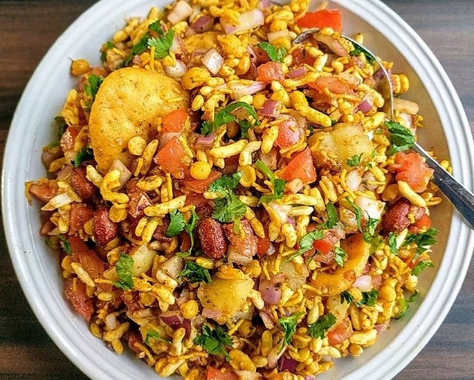 12 Delhi Street Foods which are Popular - bhelpuri
