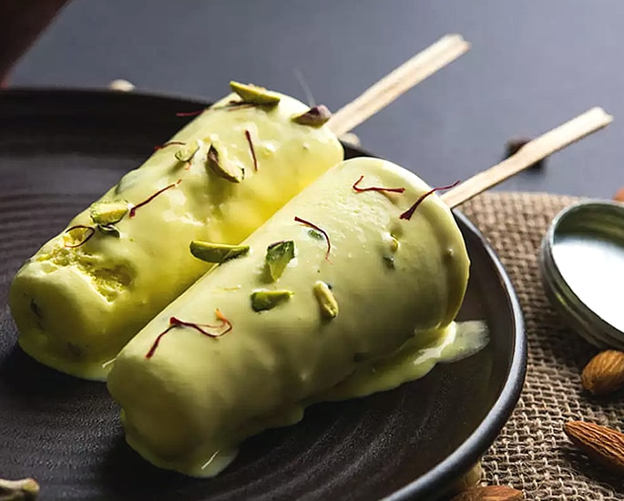 12 Delhi Street Foods which are Popular - kulfi