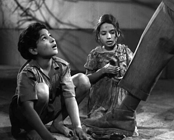 20 Black and White Bollywood Films you Must Watch - Boot Polish
