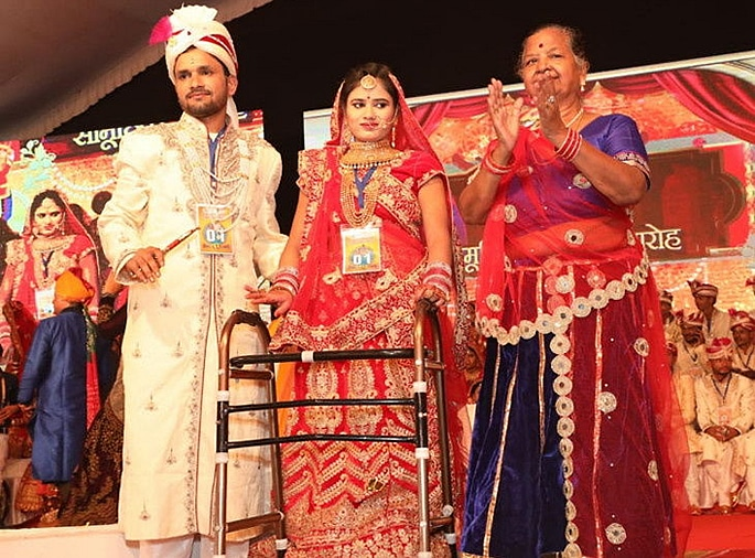 51 Indian Couples are Married in Mass Ceremony - couple