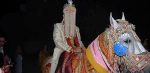 Indian Groom turns up at Wedding & Finds No NRI Bride f