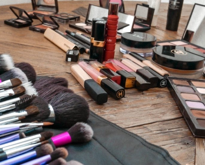 Tips and Tricks for the Best Bridal Makeup Look - trust