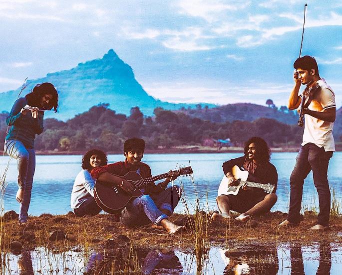 Easy Wanderlings and their Indie Pop Musical Journey - IA 2