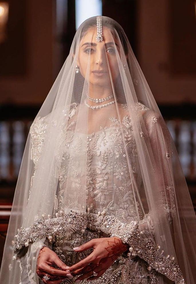 Fashionista Pernia Qureshi has a Lavish Turkey Wedding - bride