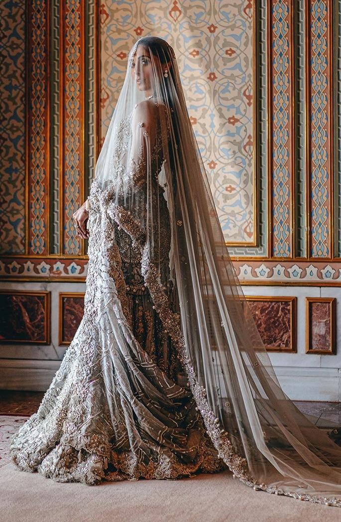 Fashionista Pernia Qureshi has a Lavish Turkey Wedding - outfit