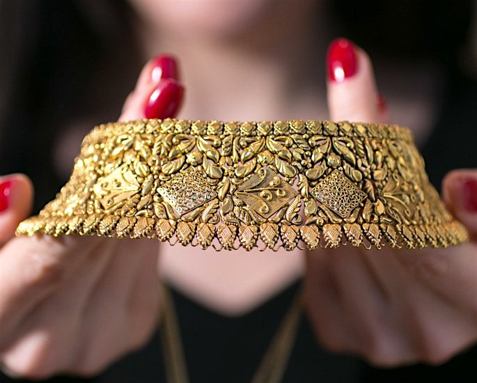 Is there a Decline of Gold Jewellery for Asian Brides? - custom-made