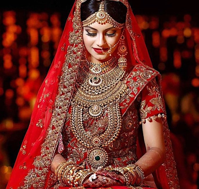 Is there a Decline of Gold Jewellery for Asian Brides? - gold