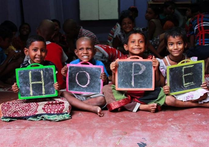 Miss England 2019 raises Funds for Children of Kolkata - Hope