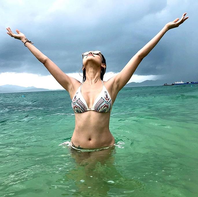 Nushrat Bharucha scores Beach Goals in Phuket - p5