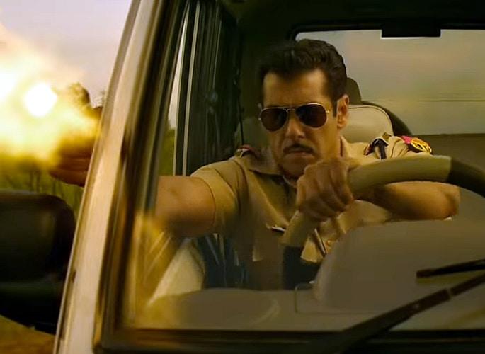 Salman Khan is Back as Tough Cop 'Chulbul Pandey' in Dabangg 3 - gun