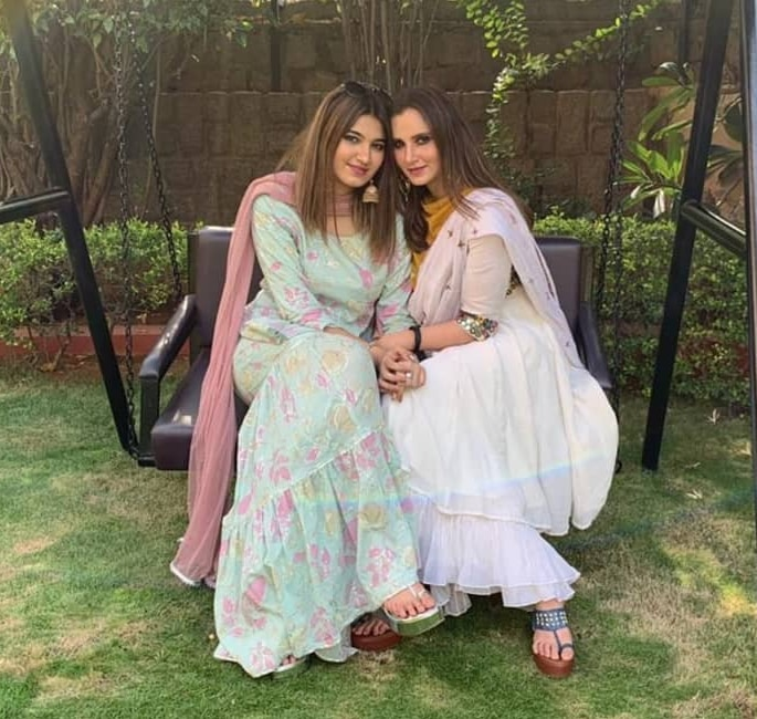 Sania Mirza's sister to Marry Mohd Azharuddin's Son - sisters