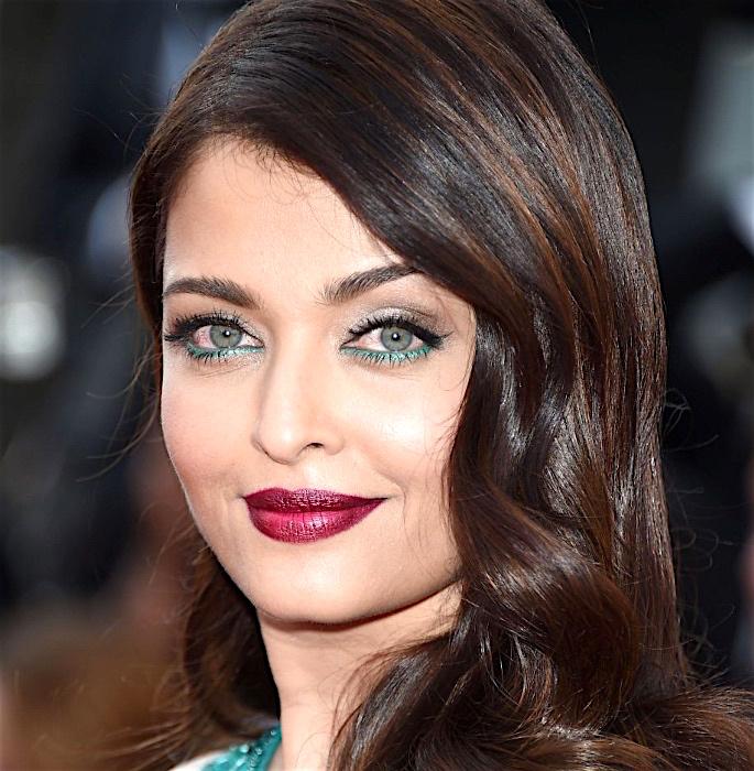 10 Bollywood Actresses' Inspired Makeup Looks - aishwarya