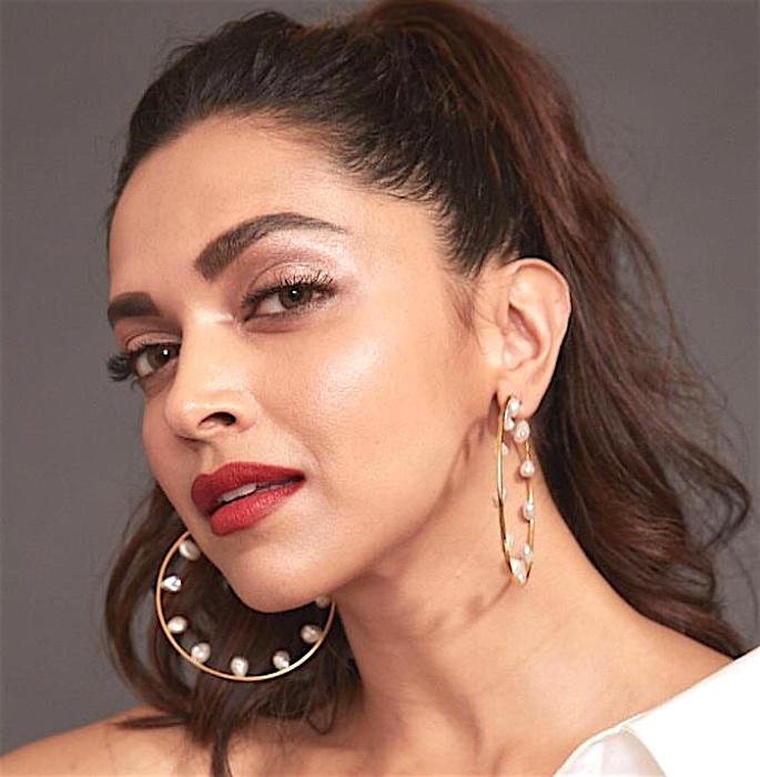 10 Bollywood Actresses' Inspired Makeup Looks - deepika