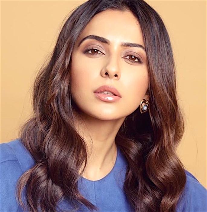10 Bollywood Actresses' Inspired Makeup Looks - rakul