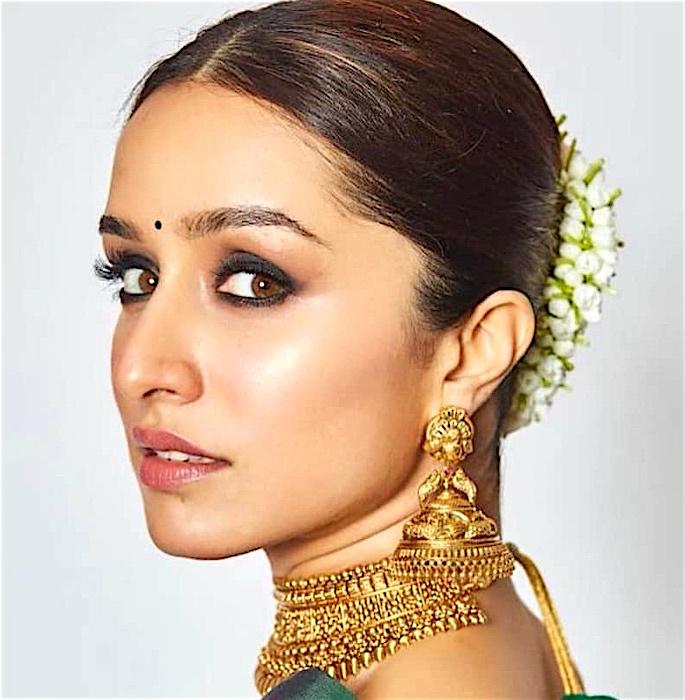 10 Bollywood Inspired Makeup Looks - shraddha