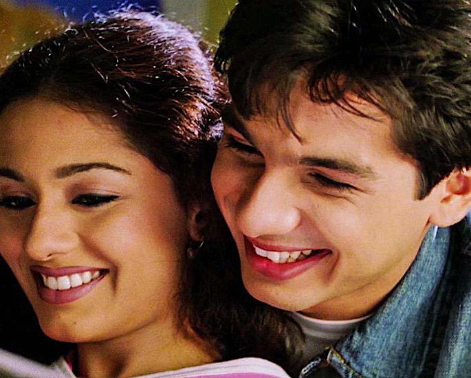15 Top Bollywood College Romance Movies - Ishq Vishk
