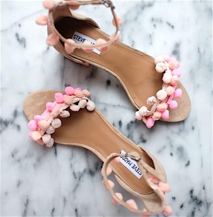 7 Shoe Styles to wear with Women's Salwar Kameez - pom pom
