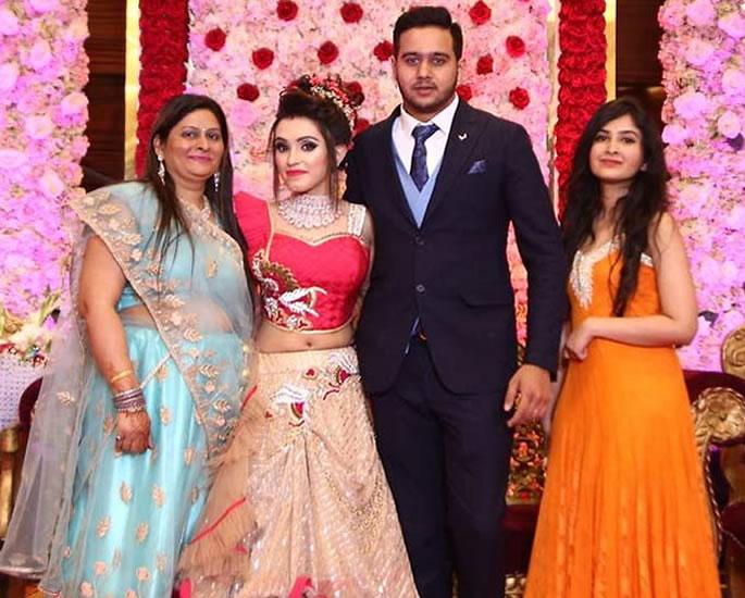 Delhi Woman who Had Love Marriage found Discarded & Dead - wedding